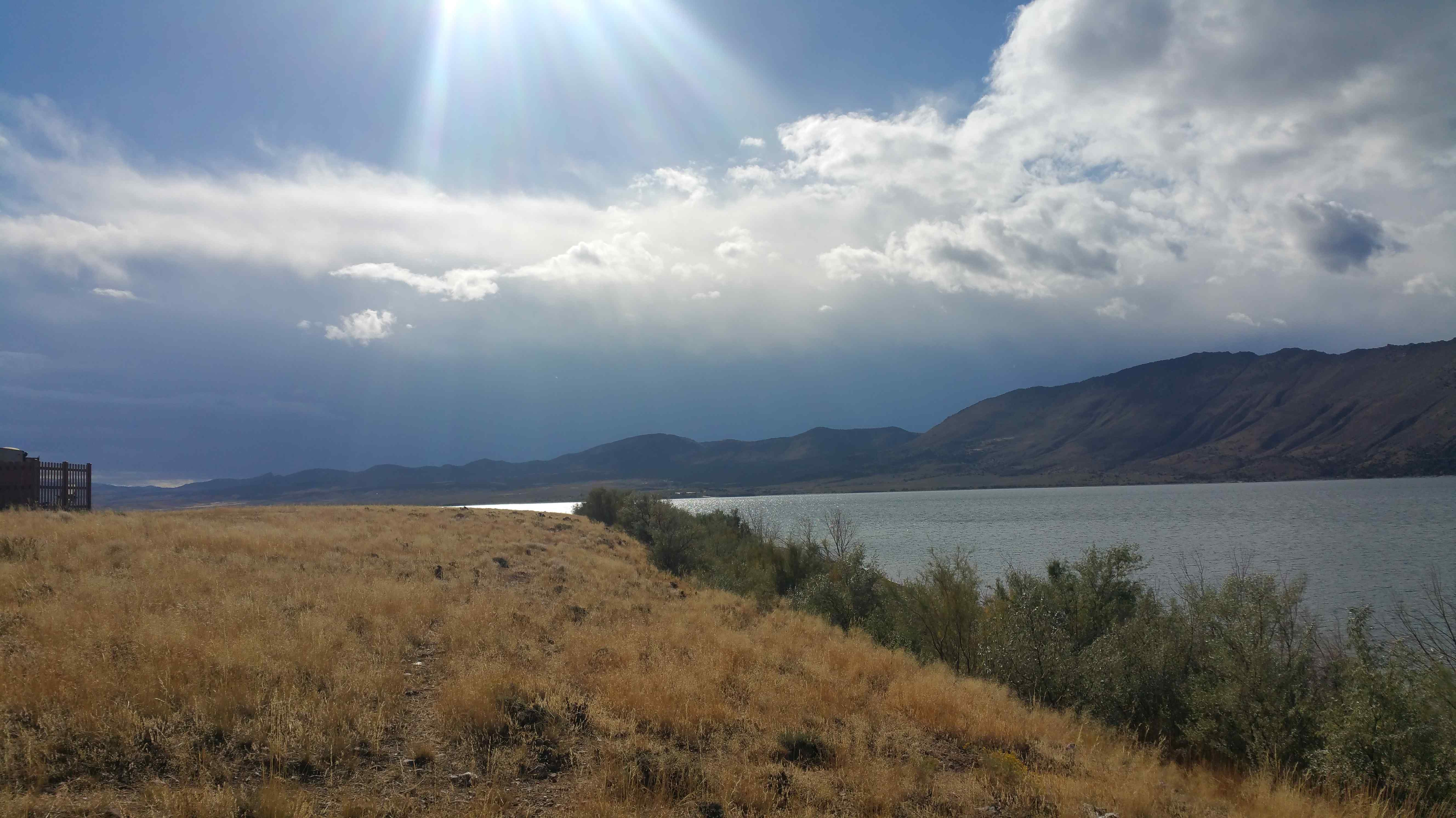 flaming_gorge_approaching_storm