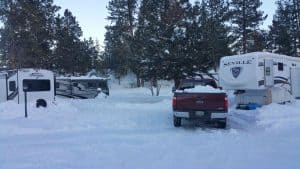 driving-in-winter-F250