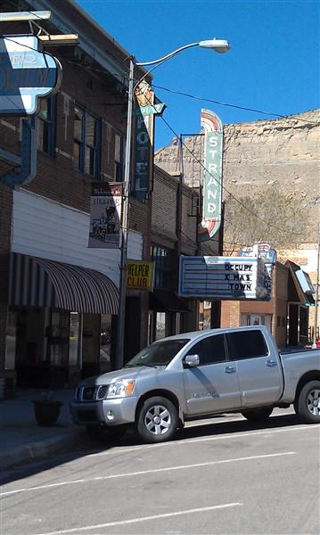 Empty storefronts 2012 Helper Ut