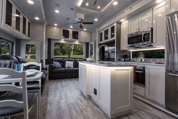 vanleigh vilano 320gk light color finish interior